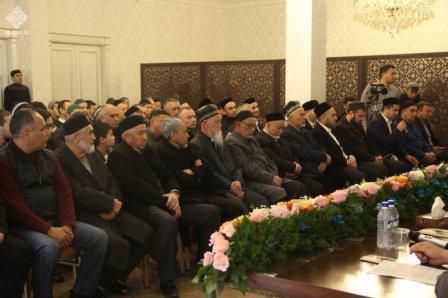Презентованы книги шейха Мухаммада Юсуфа на русском языке