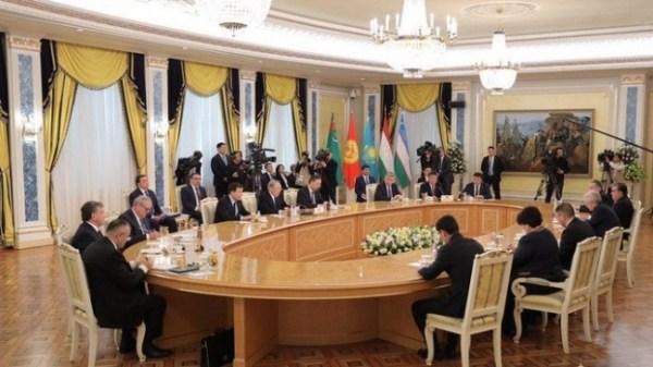 Президенты не приедут в Ташкент