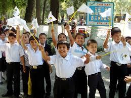 В Коканде с директором школы разберутся за воспитательные «инновации»