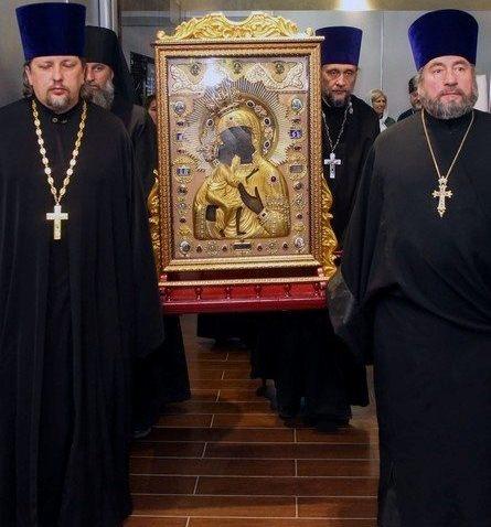 Православная святыня – икона XIII века доставлена в Успенский собор