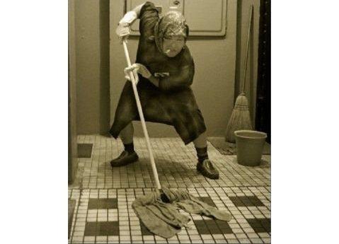 Должность школьной уборщицы «потянула» на 0