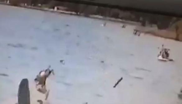 На Чарваке взорвался гидроцикл с отдыхающими