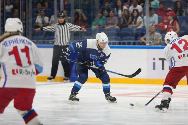 Дворец Humo Arena принял международный хоккейный турнир