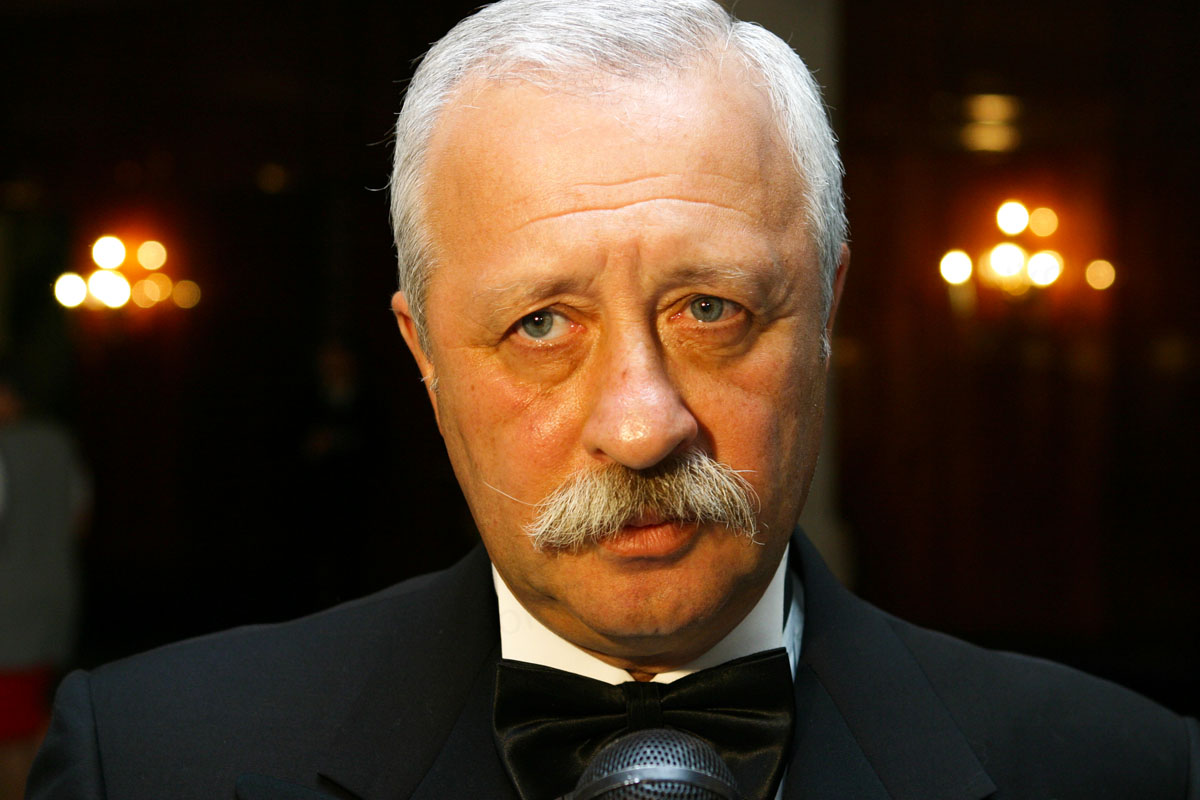 Леонид Якубович лег под нож хирурга