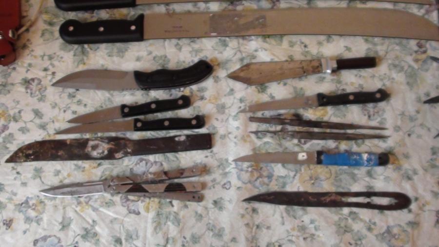 Ташкентская молодежь предпочитает ножи и кастеты