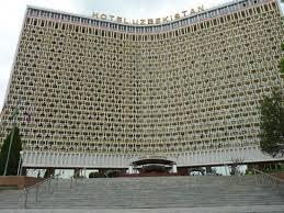 Легендарный отель продали сингапурцам в центре Ташкента