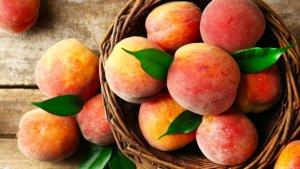 Персики и абрикосы добавят лишнего веса