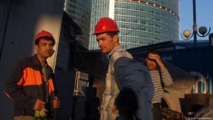 В Узбекистане будущим гастарбайтерам введут обязательное профобучение