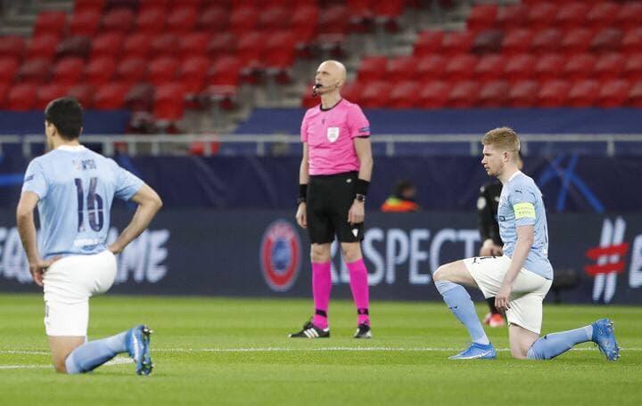 Русские судьи не встали на колени в Лиге европейских чемпионов