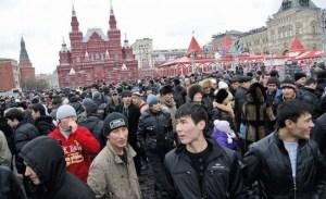 Олий Мажлис: гастарбайтеры выбирают Россию и Казахстан