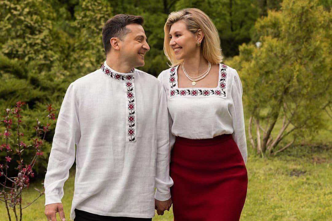 День вышиванки Зеленский встретил в русской рубахе