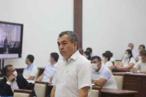 Замхокима поплатился зарплатой за срыв совещания по образованию в Кашкадарье