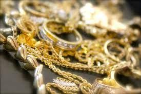 18-летняя домушница вынесла золотых украшений на 24 млн сумов в Ташкенте