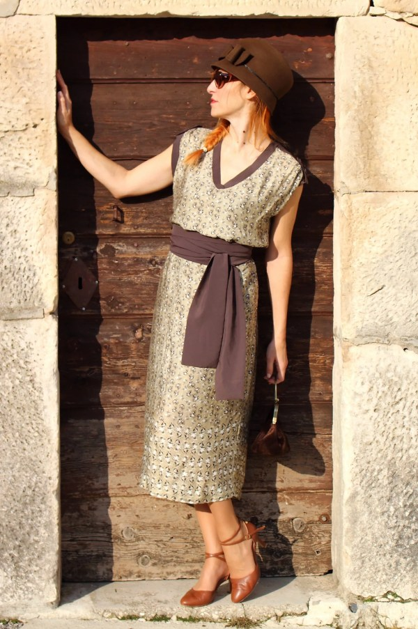 Vestito seta modello Jennifer Connelly anni 20