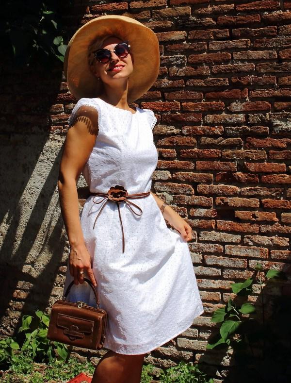 Vestito in Sangallo bianco