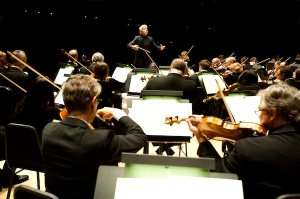 TSO Music Director Peter Oundjian conducting the TSO