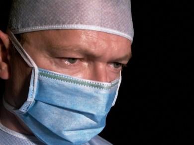 surgeon-3-1562055