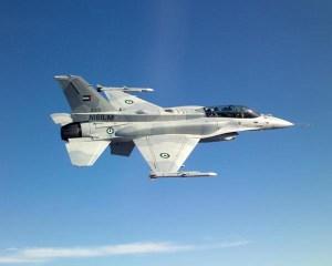 borbeni-avion-f-16-falcon
