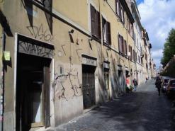 VENDITA NEGOZIO ROMA CENTRO STORICO