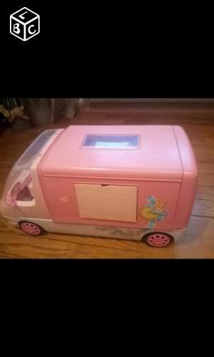 camping car Barbie années 80