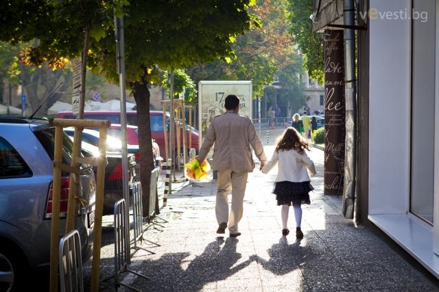 Първокласник с родител, снимка: Пламен Трифонов
