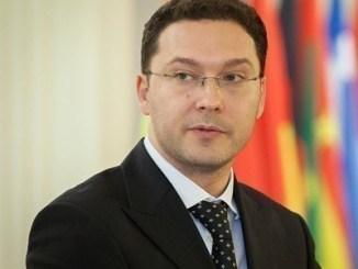 Даниел Митов
