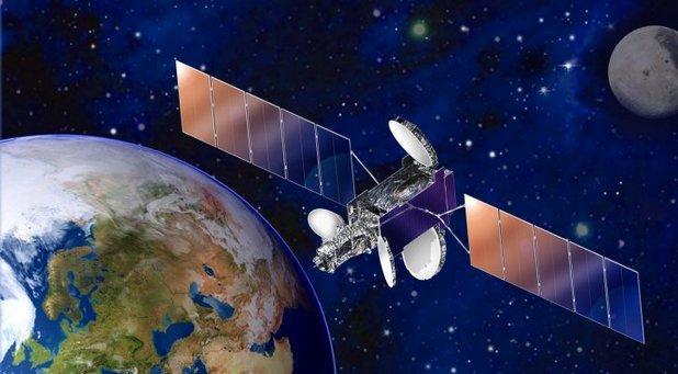 Първият български комуникационен сателит е пред изстрелване ...