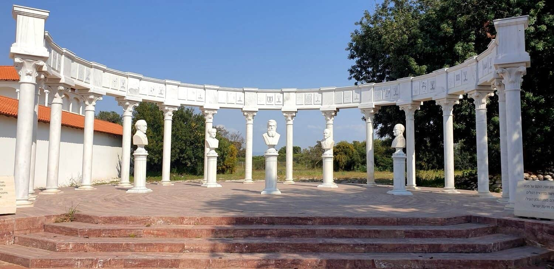 מוזיאון ראלי קיסריה - פסלי מקימי מדינת ישראל