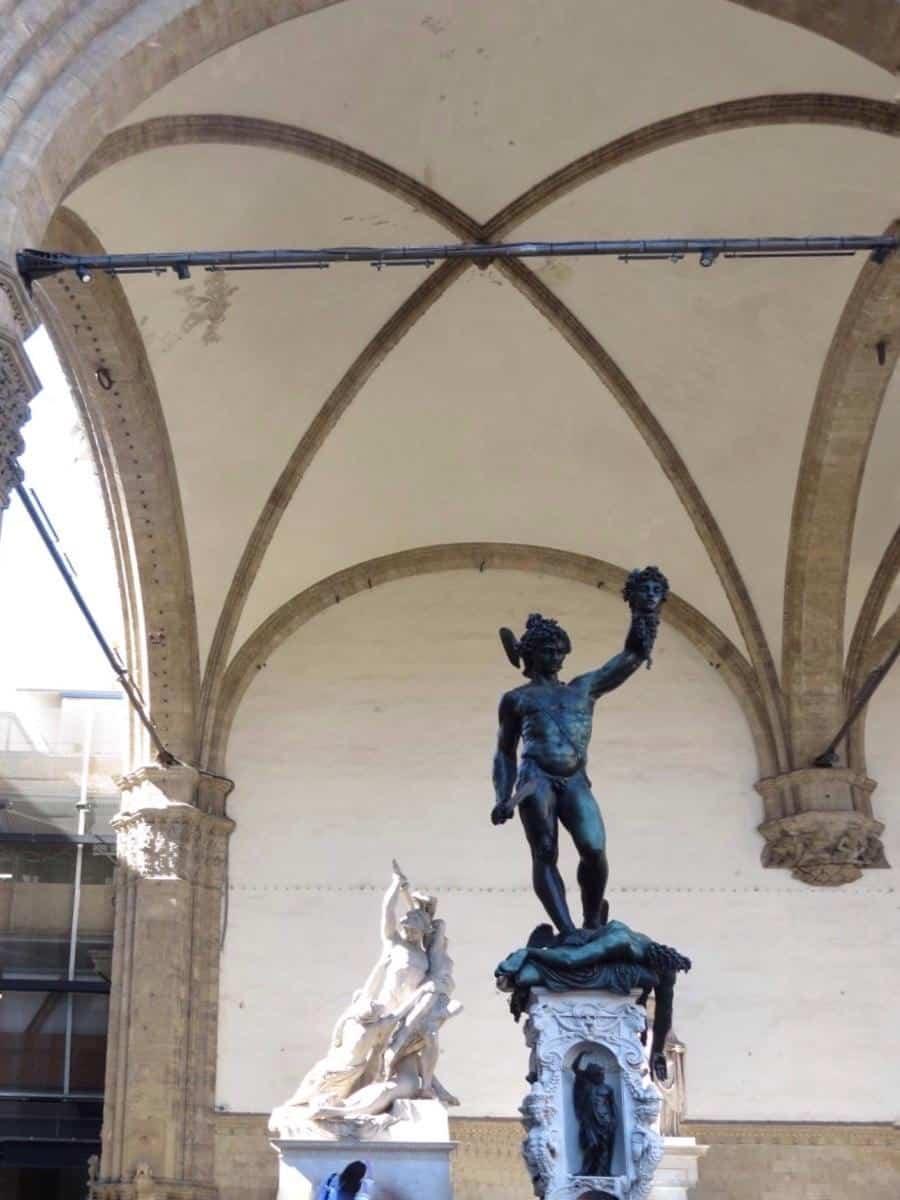 פסל מות מדוזה Piazza della Signoria