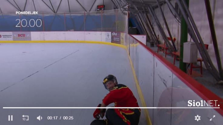 Hokejist Tonin 3