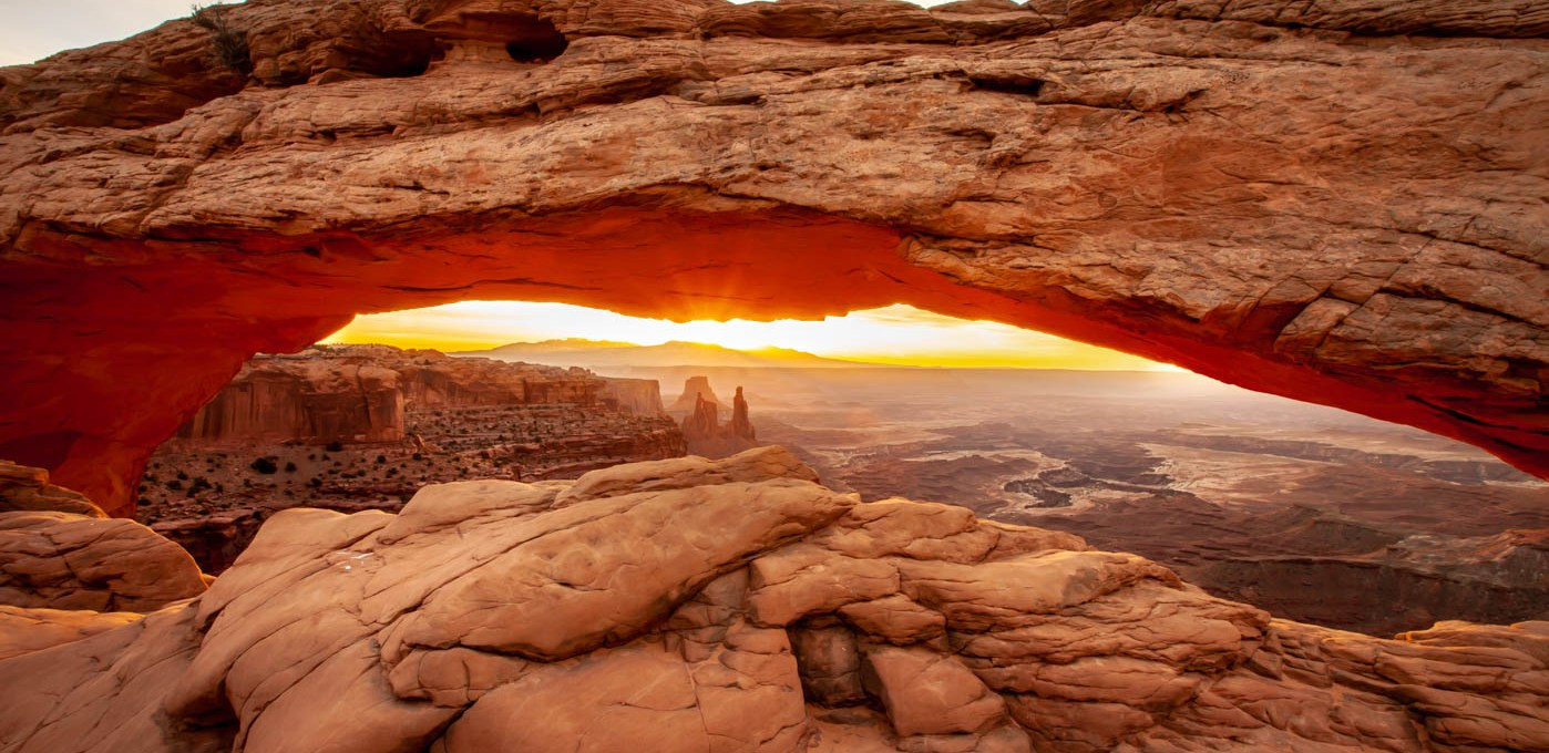 Photographing Mesa Arch at Sunrise in Canyonlands National Park