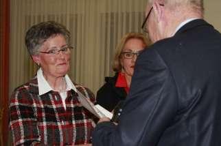 25 Jahre Mitglied: Frau Huesmann - Foto: Peter Kupries