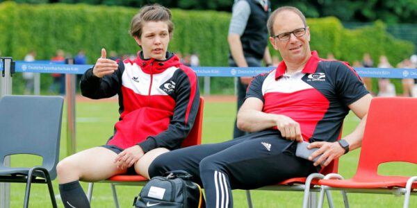 Anne Berger und Trainer Christian Bludau