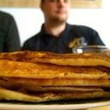 Reichlich Pfannkuchen zum Frühstück.