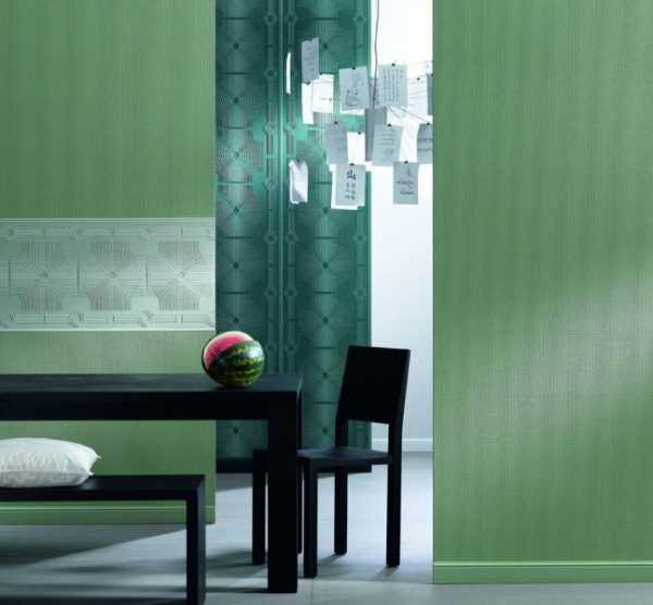 Как покрасить флизелиновые обои с рисунком – Можно ли ...