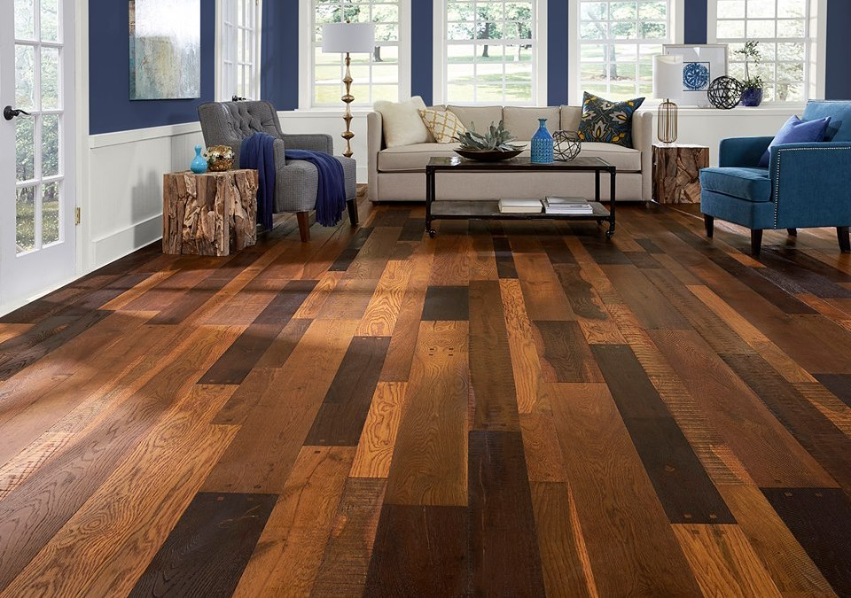 Liquidation flooring in Encino