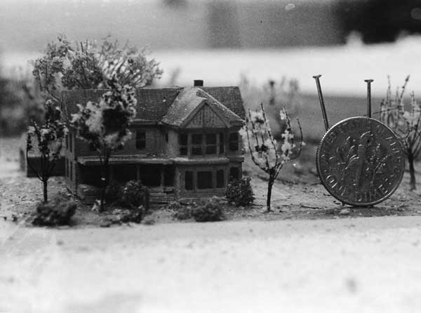 Models created for wide shots in the film were extreme miniatures.