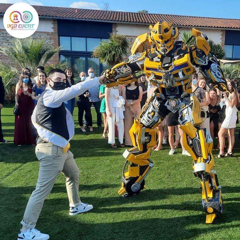 robot geant jaune transformers fete privee VGB EVENT
