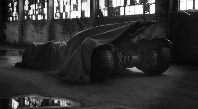 Primer vistazo al Batimóvil de 'Batman vs Superman'; mañana será la revelación oficial