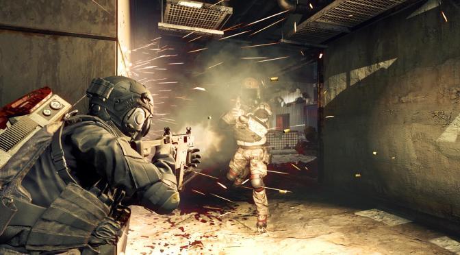 [NYCC] El equipo de desarrollo de Capcom arma la reta en Umbrella Corps para mostrar el gameplay