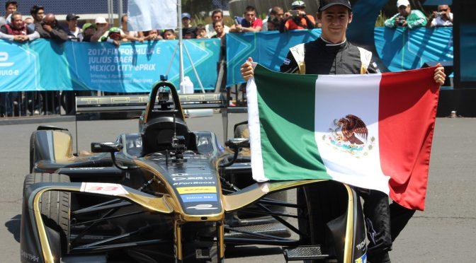Esteban Gutiérrez prueba por primera vez su monoplaza en la Ciudad de México