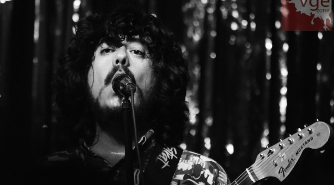 Circuito Indio: The Plastics Revolution/ Los Románticos De Zacatecas- Foro Indie Rocks
