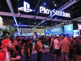 E3-2017-Show-Floor-Playstation-6