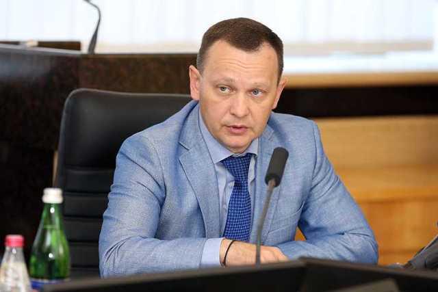 Ігор Купранець ― звільнений начальник Департаменту захисту економіки (його департамент раніше було ліквідовано).