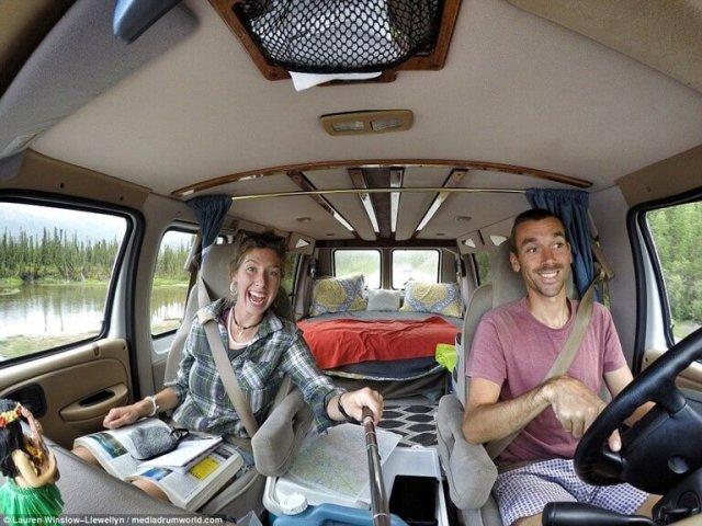 awebic-casal-viaja-pouco-dinheiro-2