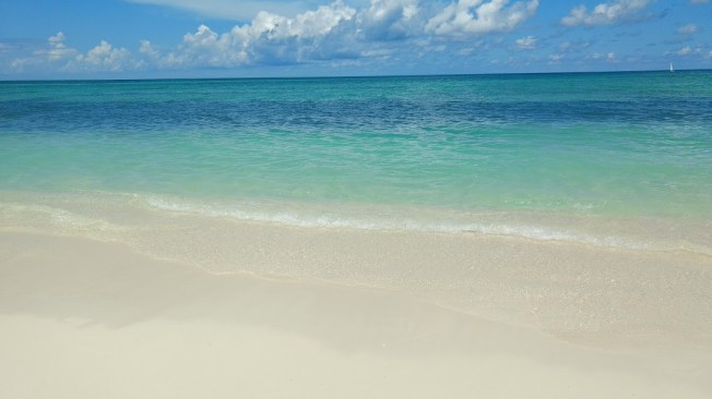 Cable Beach - Nassau 2