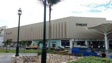 shopping cancun