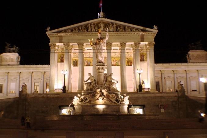 Parlamento de Viena (foto: Eduardo Vessoni)