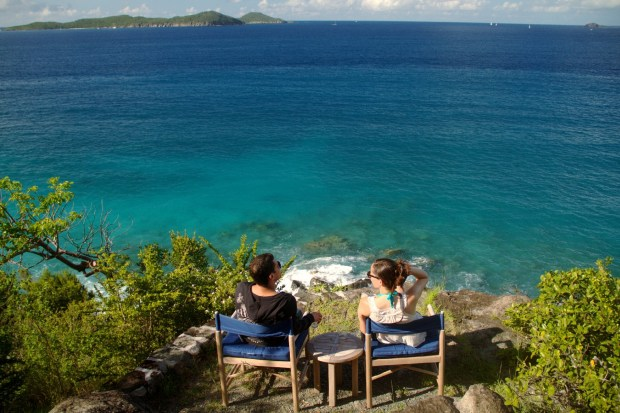 VIsta da Little Dix Bay, em Virgin Gorda, a partir do mirante do hotel Rosewood