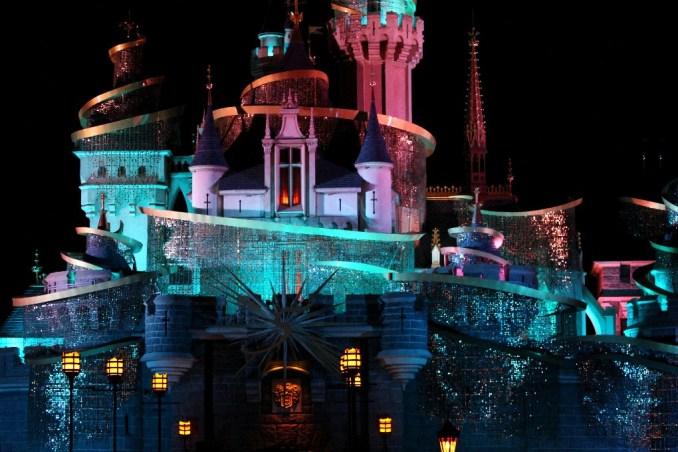 Castelo da Bela Adormecida, uma das áreas temáticas da Disney de Hong Kong (foto: Eduardo Vessoni)